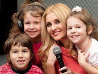 Alina Sorescu deschide Atelierul de Muzica si Prezenta Scenica pentru copii